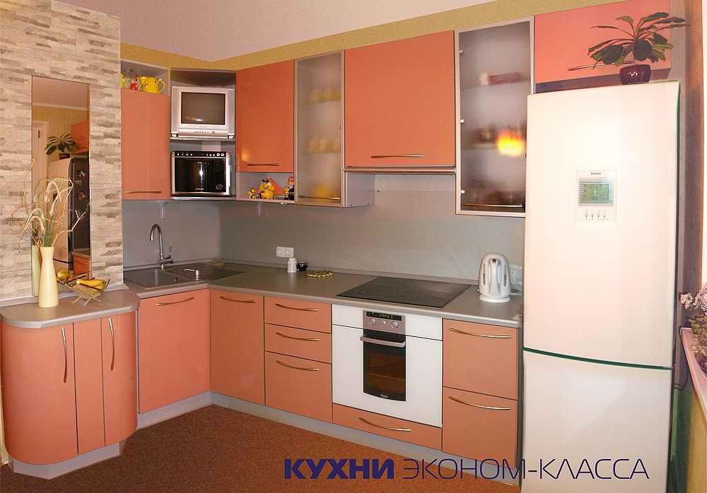 Дизайн кухні 8 кв м з балконом.